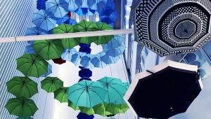 【芸術】空から傘が降ってくる? あまりにも美しい銀座の傘の祭典 / 松屋銀座「GINZAの百傘会」