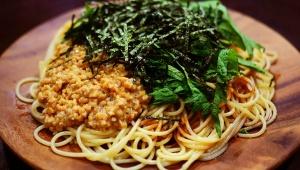 【議論】納豆ゴハンと納豆スパゲティを一緒に食べるのはアリか? ナシか? 大規模アンケート結果に衝撃が走る