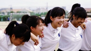 【驚異】汗だく中高生3300人がダンスしまくるポカリガチダンスCMが12月にOAされるぞおおぉ!