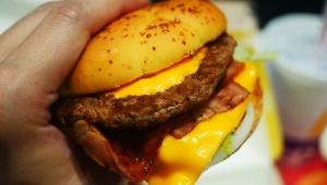 【絶品】マクドナルドのアメリカンデラックスチーズバーガーは「こういうのが食べたかったんだよ」と感じる名作料理