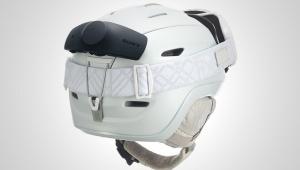 SONYのスノースポーツ専用ギアが凄い / ヘルメットをしたまま仲間と通話可能! NYSNO-10