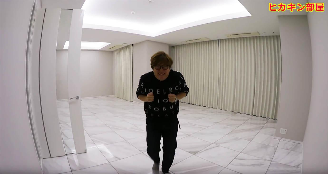 hikakin-same-room-raphael1