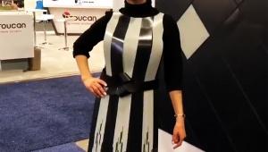 【革命】着ているとデザインが変化する洋服が実用化へ / 着ているだけで注目を集める