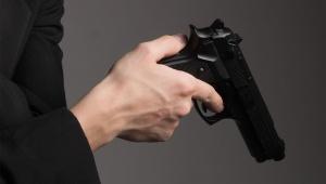 【炎上】高須クリニック院長に侮辱的な発言をして裁判を控えている男性 / 拳銃所持発言で物議「ベレッタM8000クーガーFを持っている」