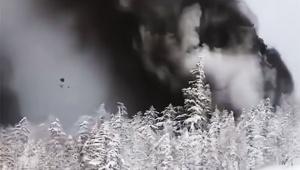 【衝撃】自分から数十メートル先に噴火口が開いた草津白根山噴火の動画が怖い / 岩石が飛びまくる