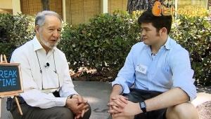 【衝撃】海外番組出演のアメリカ人学生がポプテピピックのシャツを着用してて話題 / NHKダイアモンド博士のヒトの秘密