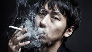 【衝撃】18歳未満の子供がいる家庭は禁煙に / 子ども受動喫煙保護条例「子供がいない部屋で吸ってもNG」