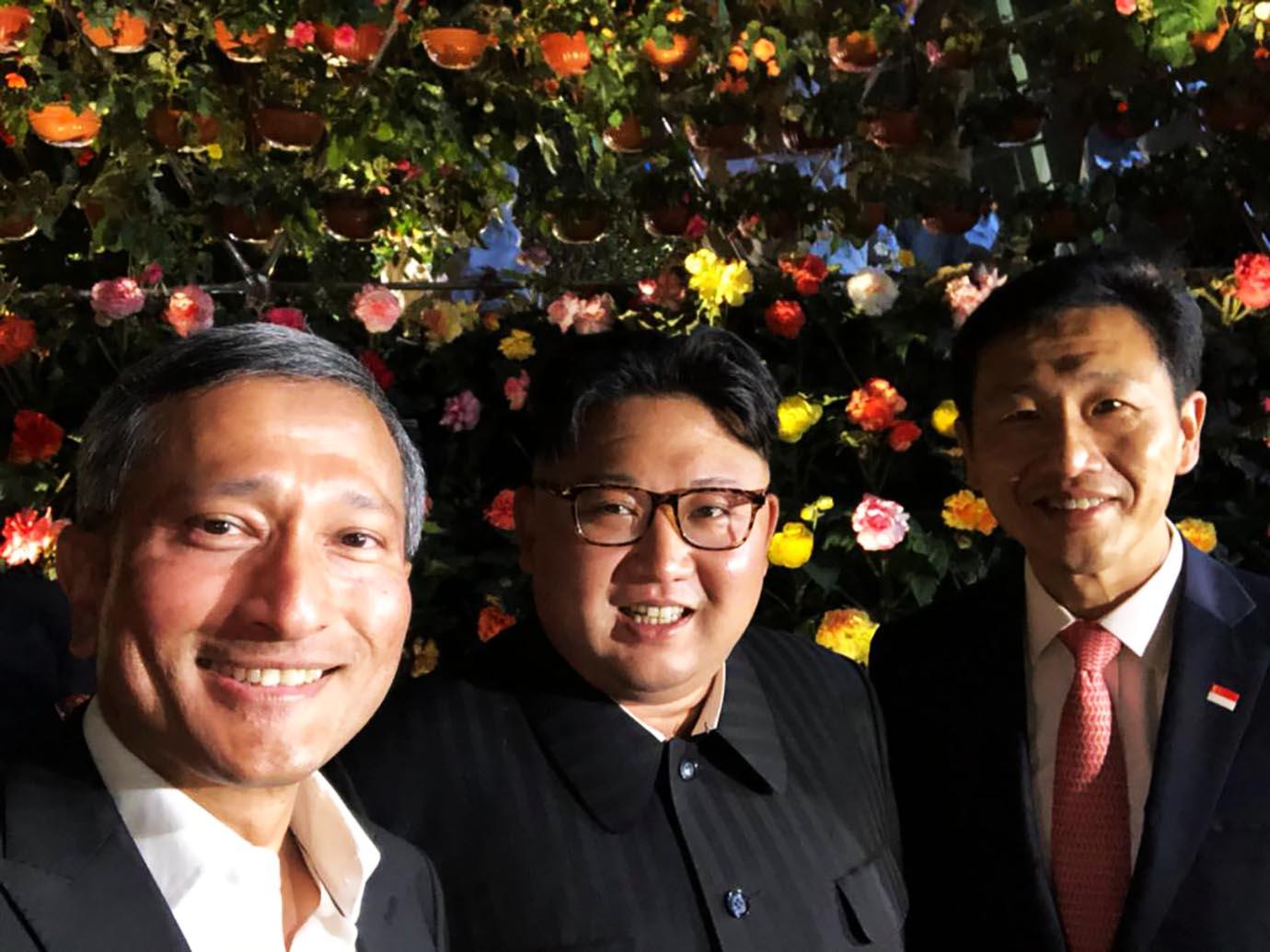kim-jong-il-selphy