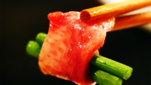 【極上グルメ】完全会員制・伝説の馬肉料理店「ローストホース」で食べる極上コース料理
