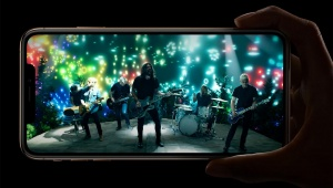 【緊急事態】iPhone XS 512GB が大人気すぎて完売続出 / 入手困難で数週間待ち「低容量は在庫だらけ」