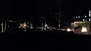 【緊急事態】地震発生で北海道札幌市で大停電が発生中 / 信号も街灯もすべて停電「星空がきれいに見えるくらい真っ暗」