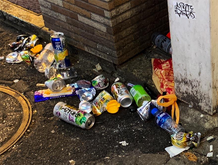 garbage-shibuya-halloween16