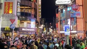 【緊急事態】いよいよ渋谷で変態仮装行列が開催 / 住民「ハロウィンで渋谷に行く人全員バカに見える」「迷惑だから渋谷こないで」