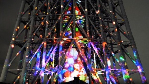 【革命的クリスマス】東京スカイツリーのプロジェクションマッピングが凄すぎる件 / 最先端技術で美麗な描写