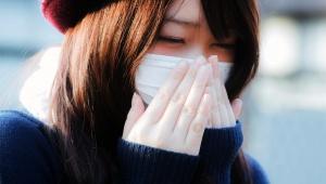 【花粉症に朗報】鼻づまりが1分で良くなる方法が凄い! ダメモトで実際に試したら本当だった