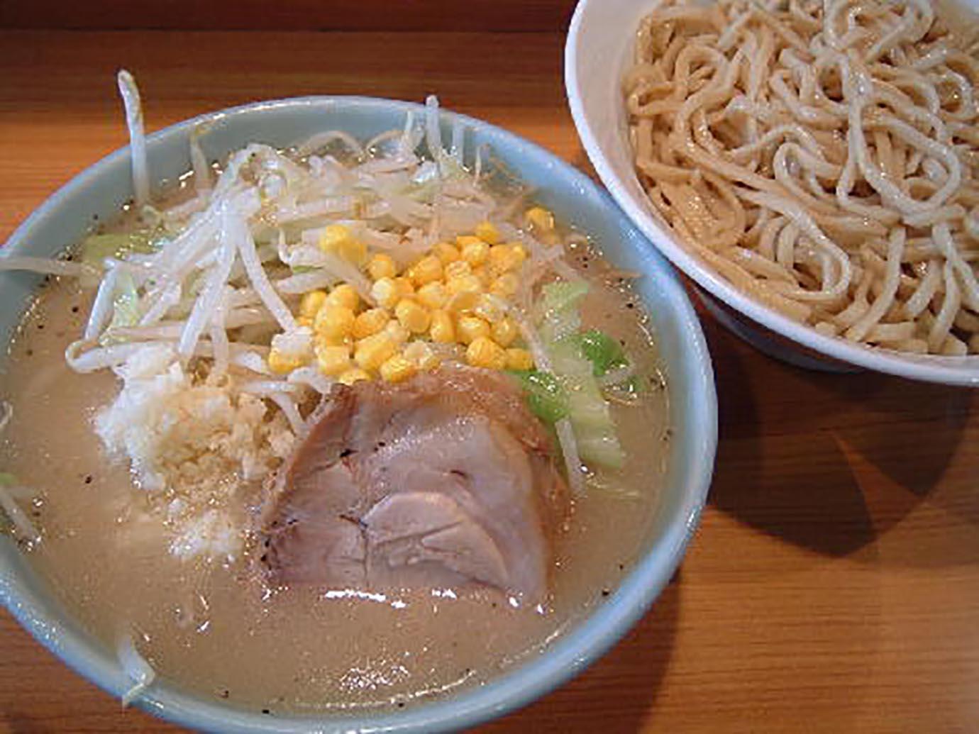ramen-jiro-yaen1