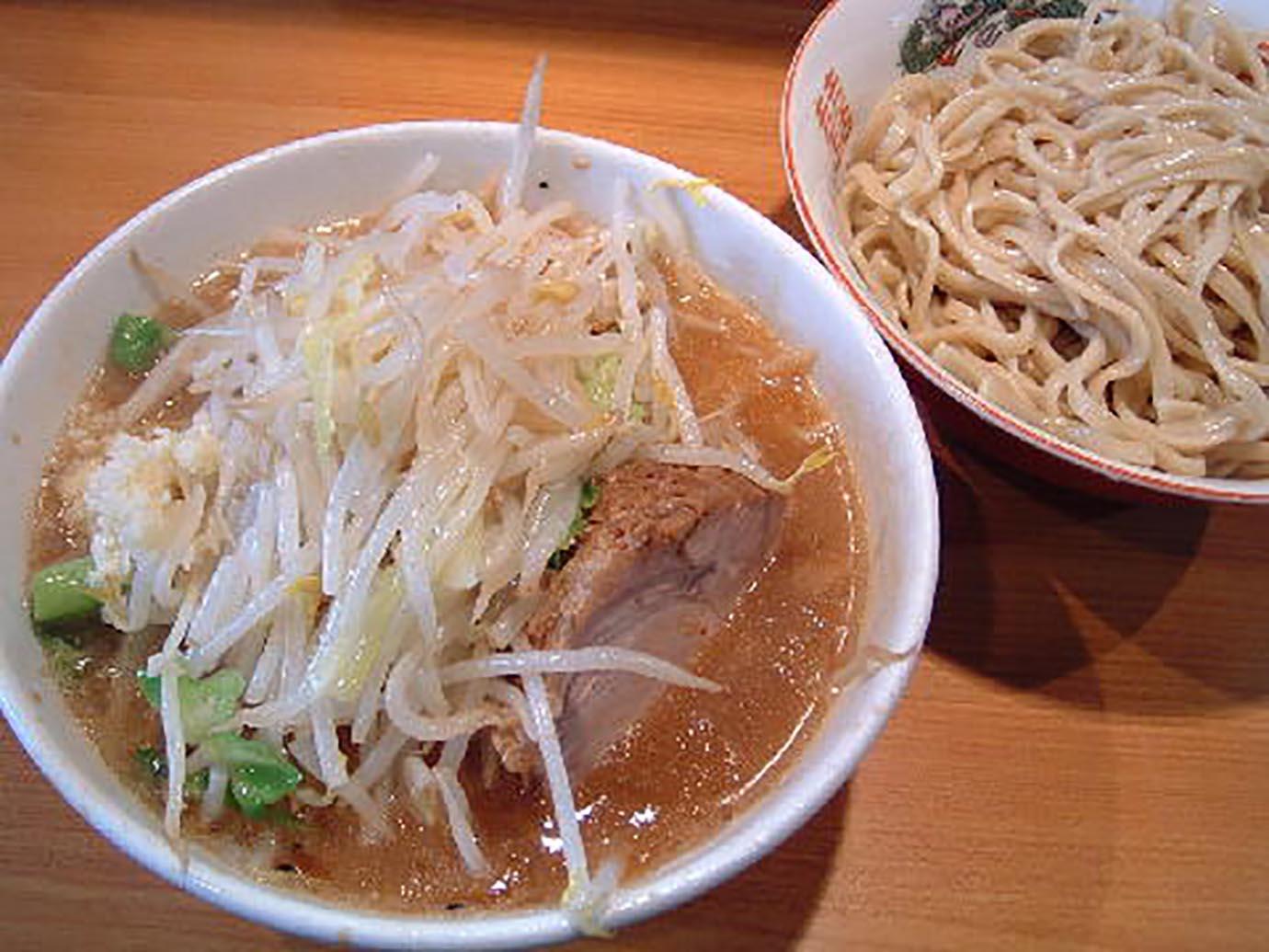 ramen-jiro-yaen2