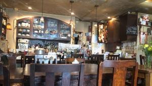 まるで映画のワンシーン! オシャレすぎる都内の穴場カフェ「カフェ・アンジェリーナ」のケーキが美味!