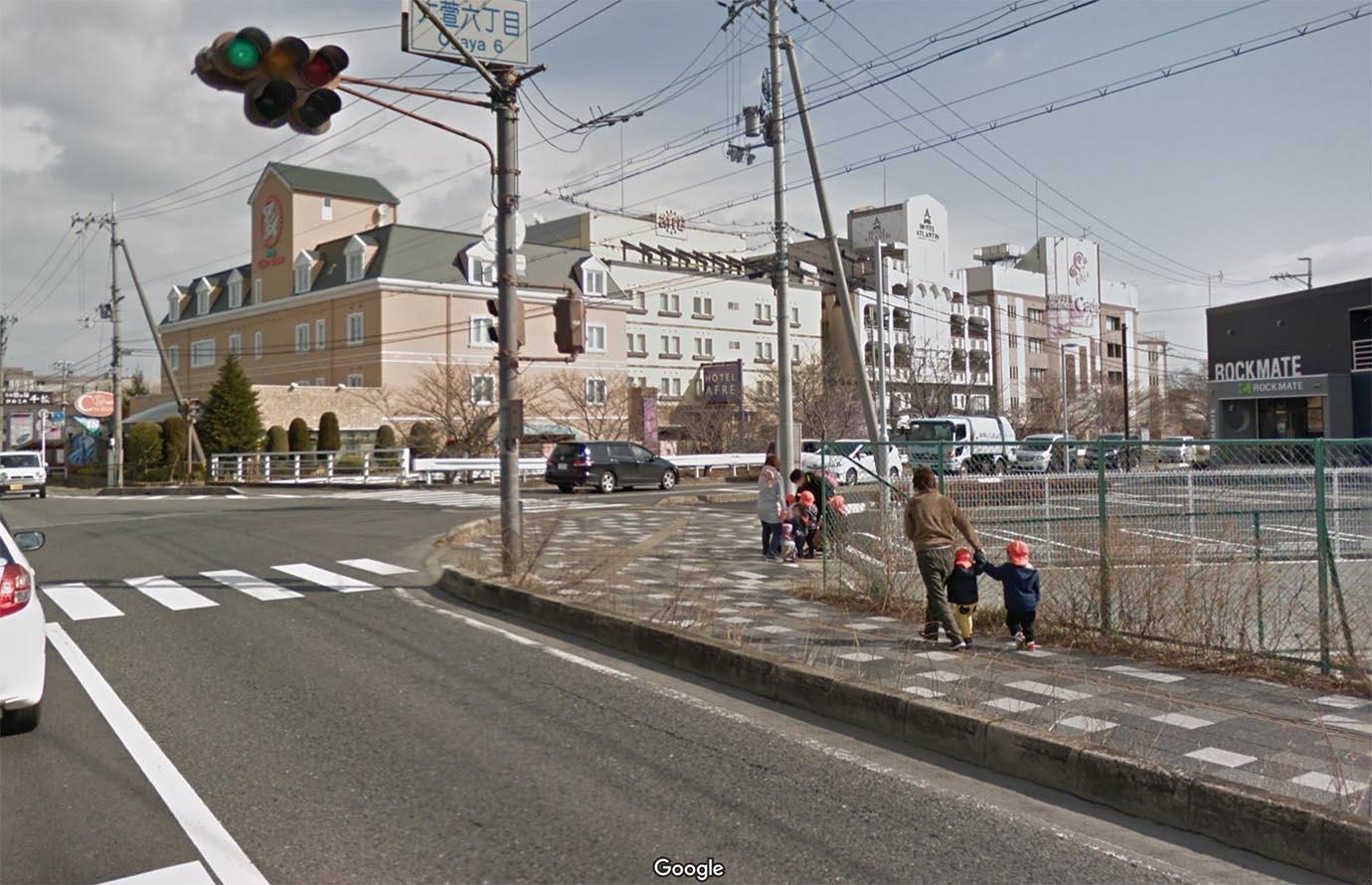 Google マップ ストリート ビュー が 出 ない