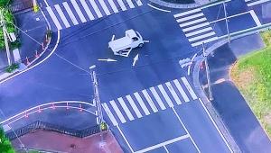 【ニュース速報】また母子が自動車にはねられ意識不明の重体 / 池袋交通事故に引き続き三重県志摩市で発生