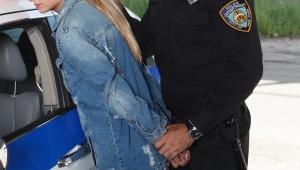 【悲報】仮面ライダーのヒロイン女優が緊急逮捕 / 大麻所持の疑いで同棲相手の男性と同時逮捕