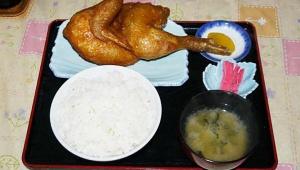 【豪快グルメ】北海道函館市のジャンボとり定食がスゴイ / 絶対たつみ食堂に行くべき理由