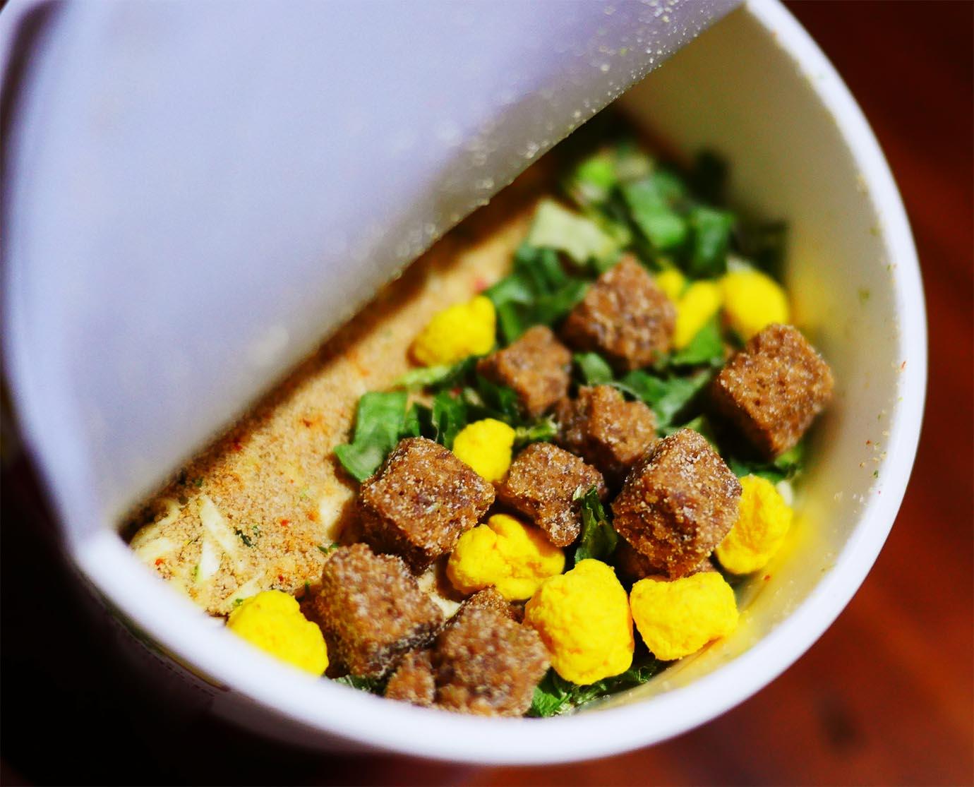 cup-noodle-beef3