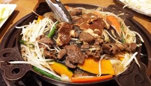 【話題】キモノ商標登録に怒るなら日本人は焼肉をジンギスカンと呼ぶのやめて「テンノウ焼きを出したらどう考えるのか」