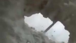 【衝撃】中国の高層ビルがドライバーで床を掘れるほどモロくて危険だと話題に