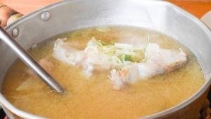富山県朝日町境の海岸沿いにあるタラ汁街道の「ひまつぶし」が美味い!