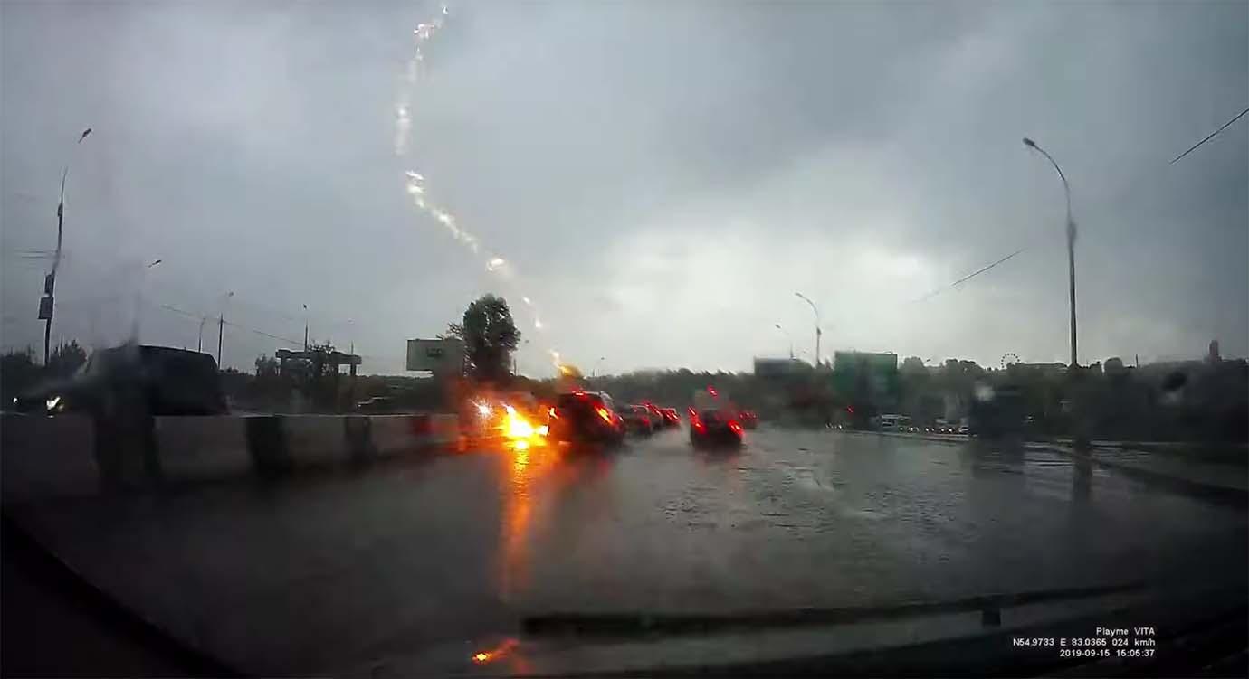 lightning-thunder4