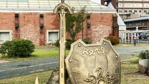 【聖地めぐり】ドラゴンクエスト記念碑に行ってみよう / スライムやロト装備のオブジェに感動