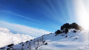 【緊急事態】ニコニコ生放送をしながら登山中に滑落か / 消息不明との情報