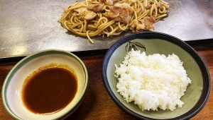 孤独のグルメ シーズン8 鳥取県鳥取市のホルモンそば / まつやホルモン店「ホルモン焼きそば」「ホルそば」