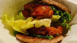 【希少グルメ】モスバーガーが究極の肉バーガーを限定発売 / 肉と肉を肉でサンド! にくカツにくバーガー