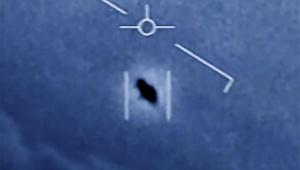 【衝撃】米国防総省がUFO動画を本物と認め公開 / 風に逆らい雲海を猛烈なスピードで飛ぶ「宇宙人が地球へ飛来か」