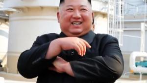【問題視】北朝鮮・金正恩の最新画像は替玉との情報 / ネットで比較され物議「明らかに違う」「別人だ」「耳が違う」