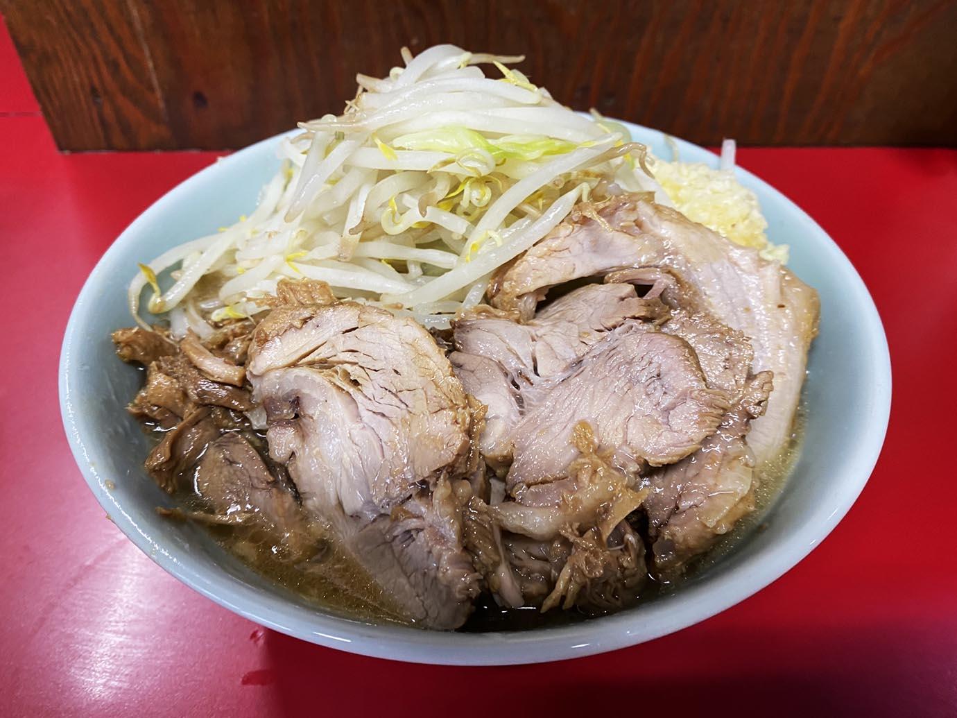 ramen-jiro-niigata-mochibuta