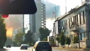 【衝撃】レバノン首都ベイルート大爆発で走行中のクルマが巻き込ま…