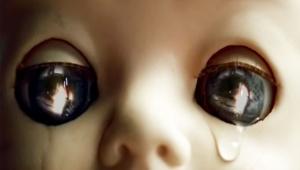 【衝撃】放送禁止レベルのプレイステーションCMが恐ろしすぎる「観たら泣くだろ普通」