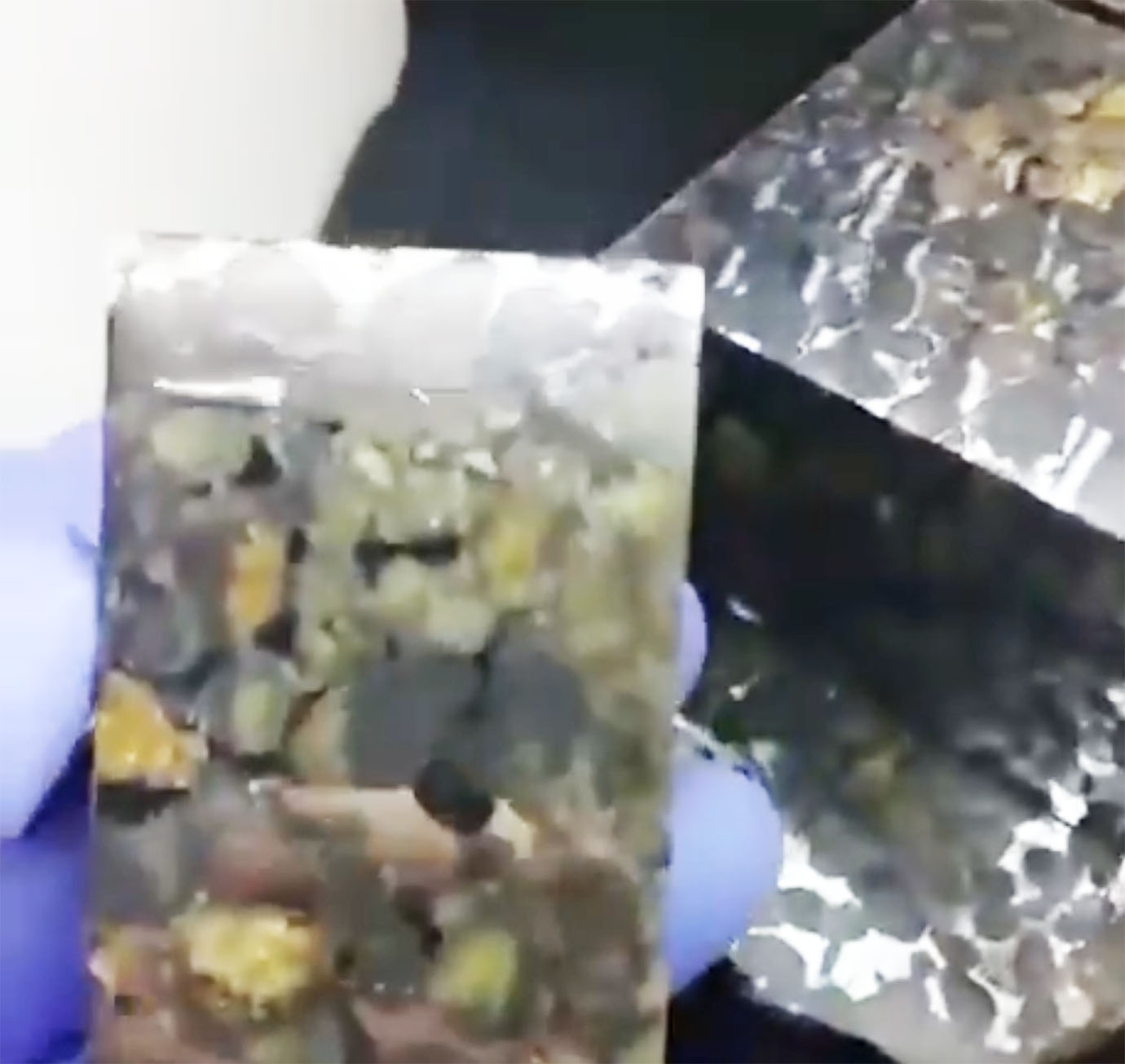 mysterious-meteorite-that-came-from-space3