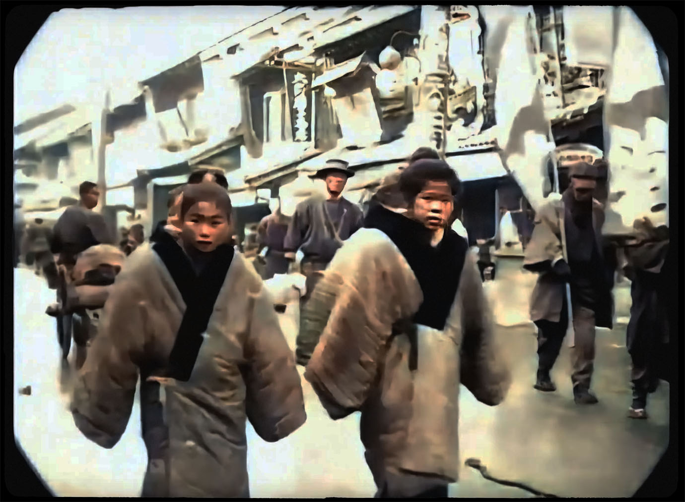 video-of-tokyo-100years-ago-news3