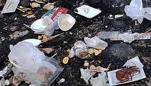 【衝撃画像】公開捜索! ゴミ放置の極悪家族にブチギレ激怒の大炎上 / キャンプ散らかし放題で犯人探し「すぐ謝罪を」