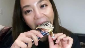 【衝撃動画】美人タレント華原朋美が深夜にコンビニスイーツを食い…