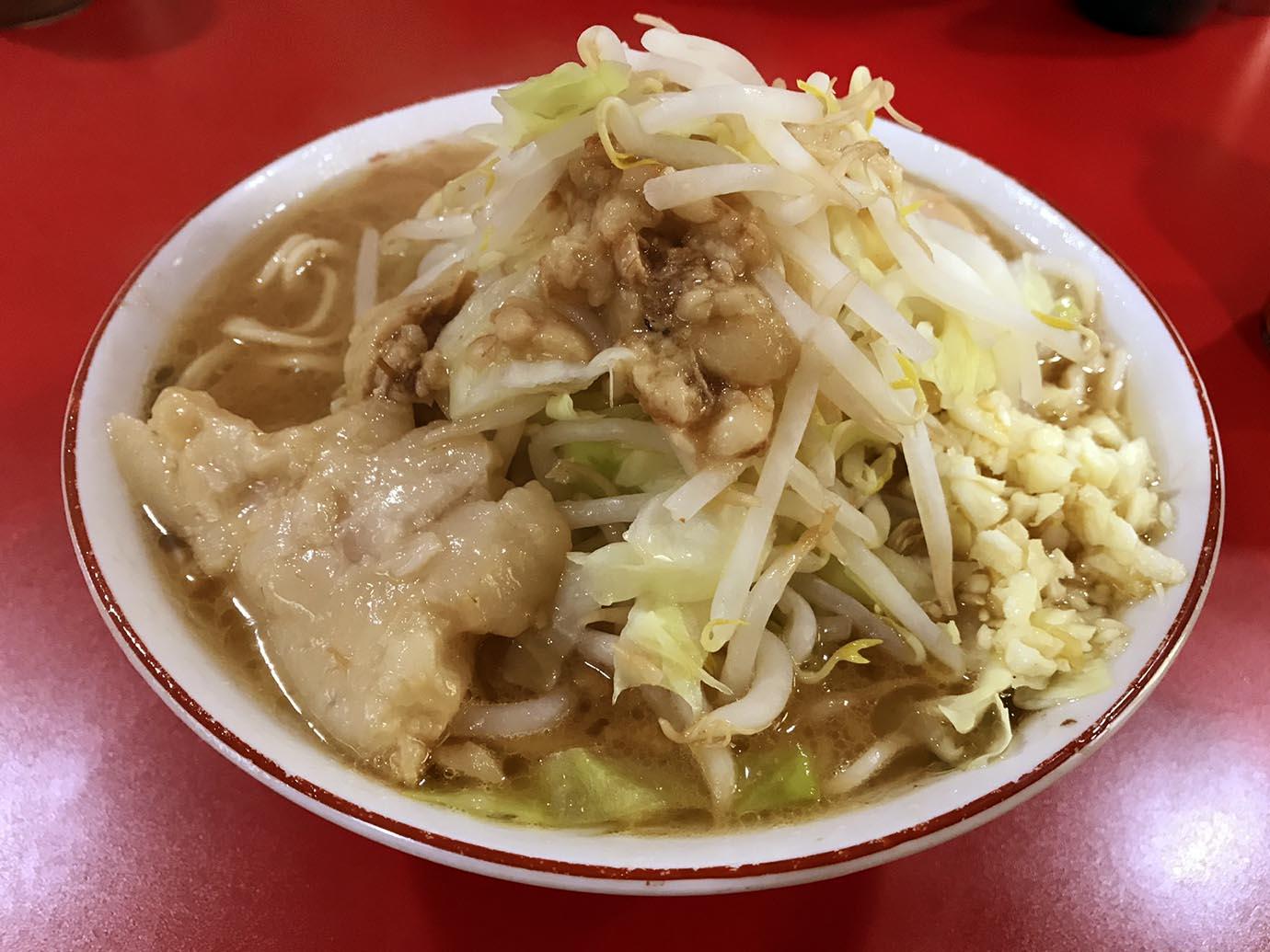 ramen-jiro-sapporo2-1