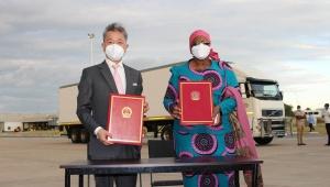 【話題】中国政府が中国製コロナワクチンをナミビア共和国に寄贈 / 香港では接種後に亡くなった人もいて問題視