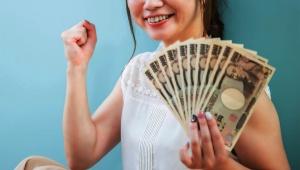 【炎上】キャバクラで中国人客から1000万円もらった女 / ネットで自慢 → 国税庁に通報されてしまう