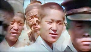 【衝撃動画】世界最古の「1912年の韓国を映した映像」が話題 / 白い服を着た男女が街を歩く