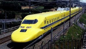 【話題】ラーメン二郎マニアの川村竜さん / 新幹線で宴会を始めた乗客を「天才的なワザ」で撃退する